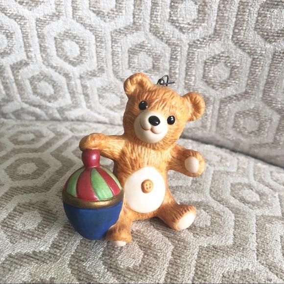 "Hallmark Other - HALLMARK ""Cinnamon Bear"" vintage ornament"
